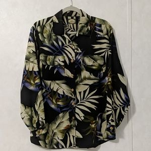 *Tommy Bahama Button Front Long Sleeve Shirt